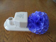 Flower made with Martha Stewarts Flower Arches Circle Edge Punch. Martha Stewart Punches, Martha Stewart Crafts, Granny Fun, Diy Paper, Paper Crafts, Handmade Crafts, Diy Crafts, Punch Art, Paper Punch