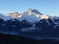 Vue sur les Alpes depuis un des appartements de Danièle Magnenat, à Villars-sur-Ollon