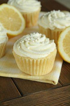 Lemon cupcakes   w/Lemon Mousse Frosting