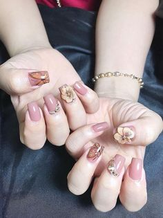 Visit our website and look at best nail makeup models. Take idea for nail makeup. The best nail makeups in our website. Pig Nails, Nails & Co, Hair And Nails, Sexy Nails, Love Nails, Trendy Nails, Unicorn Nails Designs, 3d Nail Designs, Nail Jewels