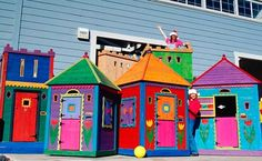 2007.08.14.nursery.barabara.butler.playhouse.main.jpg