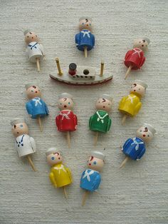These sailors are willing to give their all for any cupcakes or birthday cakes that come their way. Retro Birthday Parties, Vintage Birthday Cakes, Birthday Fun, Japanese Cake, Vintage Japanese, Vintage Cake Toppers, Wedding Cake Toppers, Boat Cake, Vintage Bakery