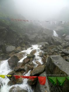 waterfall-r.jpg (768×1024)