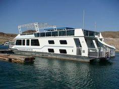 Houseboat Lake Powell