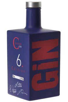 Alcohol Bottles, Vodka Bottle, Bebida Gin, Martin Millers, London Gin, Gin Distillery, Dry Gin, Water Life, Blue Bottle