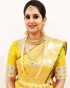 Jewels for Yellow saree or Nalangu Saree Bridal Sarees South Indian, Wedding Silk Saree, South Indian Bride, Indian Bridal, Wedding Saree Blouse Designs, Silk Saree Blouse Designs, Fancy Blouse Designs, Blouse Patterns, Yellow Saree