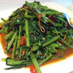 Stir Fried Thai Style Morning Glory @ 京品泰味素食