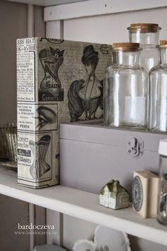 """""""Gazdaságos"""" mappából kedvenc - PURE DESIGN Bathroom Medicine Cabinet, Shabby Chic, Pure Products, Interior, Diy, Inspiration, Vintage, Rooms, Crafty"""