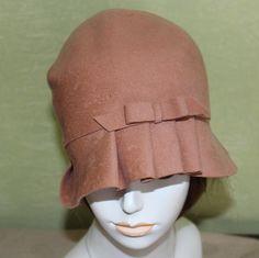 Vtg Authentic Cloche Roaring 20s Flapper Peach Wool Felt Hat Art Deco Small XS   eBay