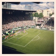 Portland Timbers Log ceremony in front of Timbers Army #RCTID