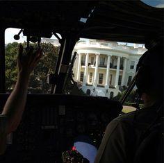 E' stato il primo a immortalare il presidente Usa Barack Obama. Pete Souza ha appena inaugurato un account su Instagram, per condividere le foto inedite che scatterà - lo assicura - solo ed esclusivamente con il suo smartphone. Il fotografo della Casa bianca offre così un backstage in
