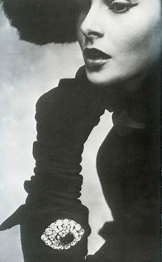 Dior 1950 <3 | More fashion lusciousness here: http://mylusciouslife.com/photo-galleries/historical-style-fashion-film-architecture/