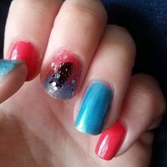 Fun little manicure ! feather decal! #nailart #nailartclub #nailartaddict #nailartoohlala #nailartwow #nailartjunkie #nailartaddicts #nailartist #nailartdesign #nailartofinstagram #nailarts #nailartdesigns #nailartswag #nailartoftheday #nailartlove #nailartlover #nails #nailstagram #nailsdid #nailsofinstagram #nailsdone #nails2inspire #nailsoftheday #nailsart #manicure #wildpolishedgirl