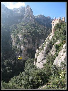 Montserrat  Montaña y Monasterio