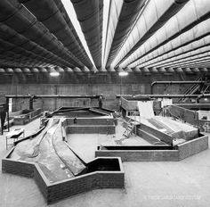 In 1960 Miguel Fisac ​​Serna was commissioned to design a new building to house two agencies until then separate, the Hydrographic Studies Center and the Hyd. Construction Materials, Modern Architecture, Concrete, Building, House, Design, Madrid, Engineering, Interior