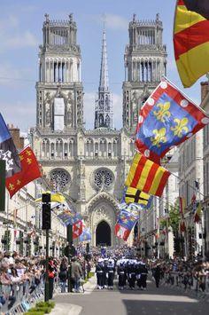 Orleans comemorou o 600º aniversário da nascença da Santa