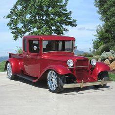 Classic Pickup Trucks, Old Pickup Trucks, Lifted Trucks, Dodge Trucks, Lifted Ford, Truck Drivers, Jeep Pickup, Big Trucks, Lowrider