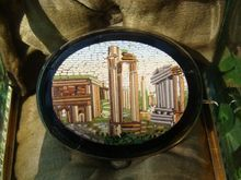 Roman Micro Mosaic brooch depicting the Forum Romanum, dated at the 19th century