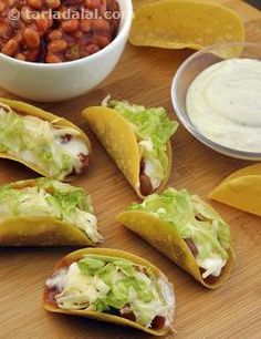 Easy to prepare but irresistibly tasty, these Mini Baked Beans Tacos make a sumptuous snack.