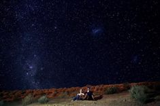 ¡Celebra el amor en Chile!😍🇨🇱 Enamórate de cada rincón de este país, desde el sur hasta el norte tiene cientos de lugares increíbles esperando solo por ti. 🙆♀ Disfruta bajo el cielo estrellado de #PiscoElqui #Chile #NorteDeChile