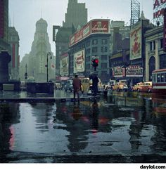 Times Square in color, 1943