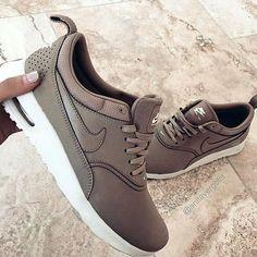 timeless design 0ac97 98f29  nike  nikewomen  nikeoriginals  kicks  sneakers Sneakers Outfit Nike, Nike  Women