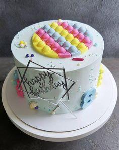 10 Birthday Cake, Birthday Parties, Fidget Spinner Cakes, Big Cakes, Fondant, Cake Cookies, Cake Designs, Cake Toppers, Cake Decorating