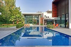 salon terrasse design & piscine - Three Trees House par DADA & Partners - New Delhi, Inde