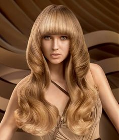 Long blonde hair was styled with hot rollers and left to cool. Once set, hair was brushed out into waves and finished with shine serum to smooth and add a polished finish. Bun Hairstyles For Long Hair, Long Curly Hair, Straight Hairstyles, Curly Hair Styles, Gorgeous Hairstyles, Blonde Hairstyles, Hair Rainbow, Mushroom Hair, Trends 2016