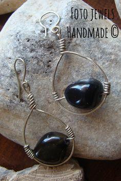 Σκουλαρικια σταγονα με αλπακα & οψιδιανο 9€ #foto jewels fotinimamali@yahoo.gr 6973386152 Washer Necklace, Jewels, Handmade, Hand Made, Jewerly, Gemstones, Fine Jewelry, Gem, Jewelery