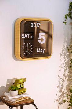 Large Bamboo Flip Calendar Clock   Urban Outfitters