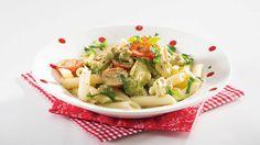 Nopea broilerikastike Pasta Salad, Pesto, Green Beans, Potato Salad, Healthy Recipes, Healthy Food, Potatoes, Chicken, Vegetables