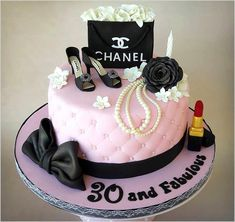 Do you want to reduce expenses and look nice? Well I have twelve of the best bea…, - birthday cake Makeup Birthday Cakes, Chanel Birthday Cake, 25th Birthday Cakes, Birthday Cakes For Women, Bolo Chanel, Channel Cake, Mom Cake, Make Up Cake, Beautiful Birthday Cakes