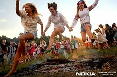 Fotografe para a Fundação Thomson Reuters e Prêmio Nokia de Fotografia.