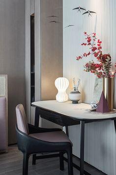 建E室内设计网 Library Study Room, Modern Baths, Bedroom Dressers, Table Desk, Design Awards, Chinese Style, Magazine Design, Girl Room, Furniture Design