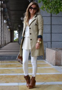 Beige for wednesday. Who knows me knows Ilove it !
