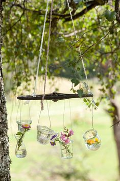 Deko-Idee: Windspiel für den Garten Foto: MLK/ Michael Gregonowits Garden Projects, Fun Projects, Yellow Cottage, Doll Furniture, Some Ideas, Land Art, Worlds Of Fun, Decoration, Garden Art