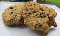 Gluten Free and Vegan Quinoa Raisin Drops using @Bob's Red Mill products.