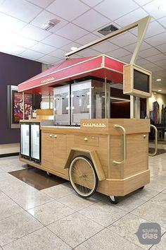 carrinho-cinemark-08 Mobile Food Cart, Food Cart Design, Bike Food, Coffee Carts, Food Stands, Stand Design, Kiosk, Confectionery, Food Truck