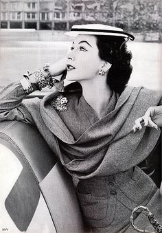 Dovima 1952 by 50'sfan, via Flickr