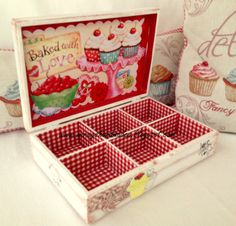CUPCAKE TEA BOX (This is Originally made by Mirayshandmades - Miray Yildizli Taskiran From Turkey) mirayshandmades@gmail.com