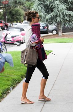 Alessandra Ambrosio arriving to her yoga class in LA (May 7)