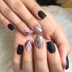 30 Graduation Nails Designs To Feel Like A Queen: Modern Triangle Nail Designs #triangle; #nails; #graduation; #nailart; #naildesigns