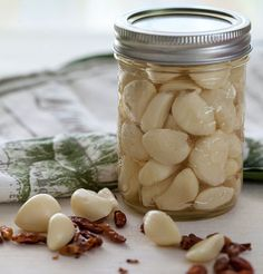 Pickled Garlic - Toss this pickled garlic into Italian spaghetti sauce, serve it in sandwiches, use as an antipasto or as a garnish for salads. This is a tasty way to add the goodness of garlic to your diet.