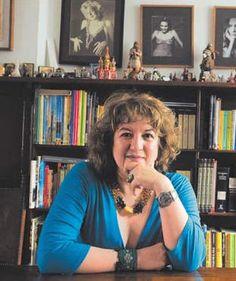 Diana Uribe - Gran Historiadora
