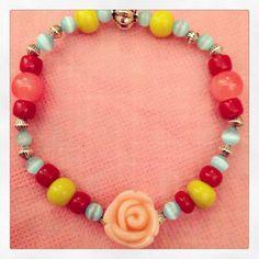 Bracelet avec rose, collection été 2014