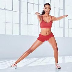 Single-Leg Squat with Towel - Fitnessmagazine.com