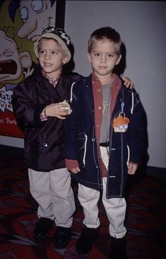 Sprouse Bros, Dylan Sprouse, Riverdale Archie, Riverdale Cast, Zack Et Cody, Karan Brar, Cole Spouse, Dylan And Cole, Drake And Josh
