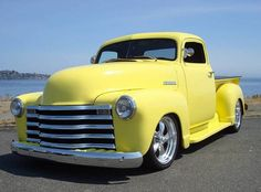 I want to restore one of my dads 5 window trucks,in his honor not for sure what color black,hunter green or candy apple red. dad miss you. Vintage Pickup Trucks, Classic Pickup Trucks, Vintage Cars, Vintage Bikes, Gm Trucks, Cool Trucks, Cool Cars, Custom Trucks, Custom Cars