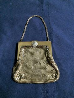 Vintage Whiting and Davis Gold Mesh Purse with Rhinestone Clasp Art Deco Evening Purse Flapper Antique Purse Hand Bag Evening Bag Vintage Purses, Evening Bags, 1930s, Mesh, Shoulder Bag, Handbags, Chain, Antiques, Gold